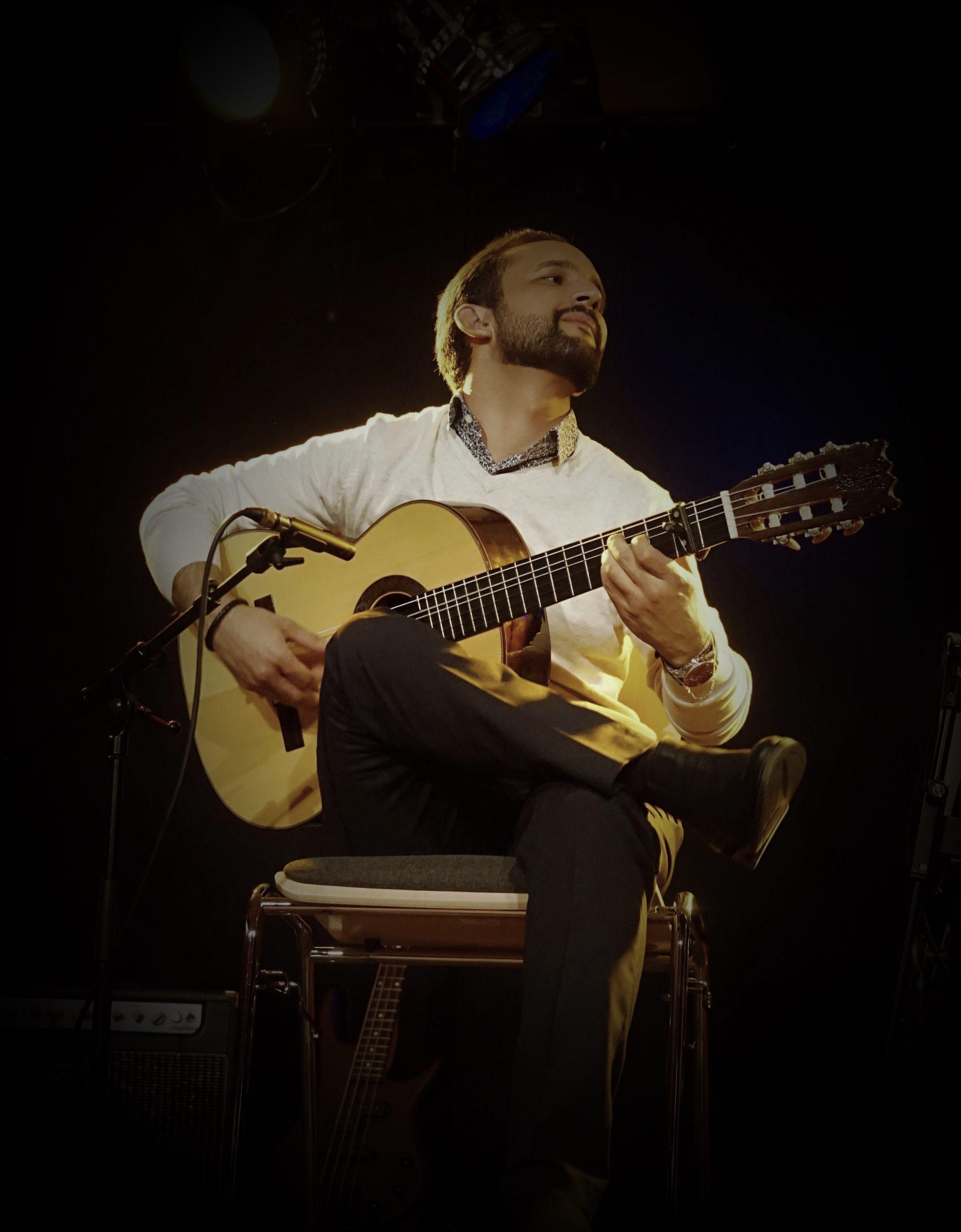 paco hallak in concert
